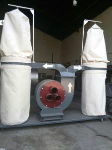 یک نمونه از دستگاه مکنده صنعتی